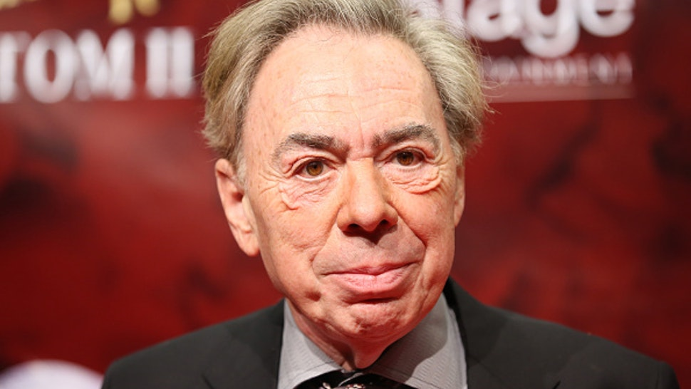 British composer Andrew Lloyd Webber arrives at the Stage Operettenhaus for the premiere of the musical Love Never Dies, in Hamburg, Germany, 15 October 2015. The sequel to The Phantom of the Opera had its German premiere on Thursday. PHOTO: CHRISTIAN CHARISIUS/DPA   usage worldwide