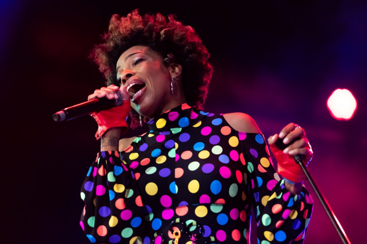 Singer Macy Gray Says American Flag Should Be Abolished - The Daily Wire