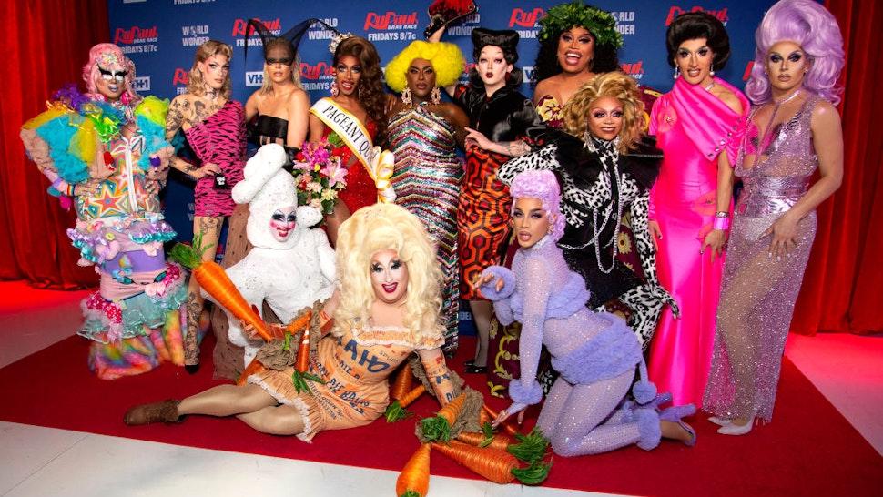 NEW YORK, NEW YORK - FEBRUARY 26: (L-R) Rock M. Sakura, Gigi Goode, Nicky Doll, Crystal Methyd, Jaida Essence Hall, Sherry Pie, Widow Von'Du, Aiden Zhane, Dahlia Sin, Brita Filter, Heidi N. Closet, Jackie Cox, Jan Sport attends 'RuPaul's Drag Race Season 12' meet the queens at TRL Studios on February 26, 2020 in New York City. (Photo by Santiago Felipe/Getty Images)