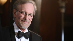LOS ANGELES, CA - FEBRUARY 06: Director Steven Spielberg poses in the press room at the 68th annual Directors Guild of America Awards at the Hyatt Regency Century Plaza on February 6, 2016 in Los Angeles, California. (Photo by Jason LaVeris/FilmMagic)