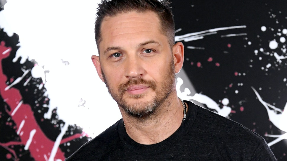 """LOS ANGELES, CALIFORNIA - SEPTEMBER 27: Tom Hardy attends the photo call for Columbia Pictures' """"Venom"""" at the Four Seasons Hotel Los Angeles at Beverly Hills on September 27, 2018 in Los Angeles, California. (Photo by Steve Granitz/WireImage)"""