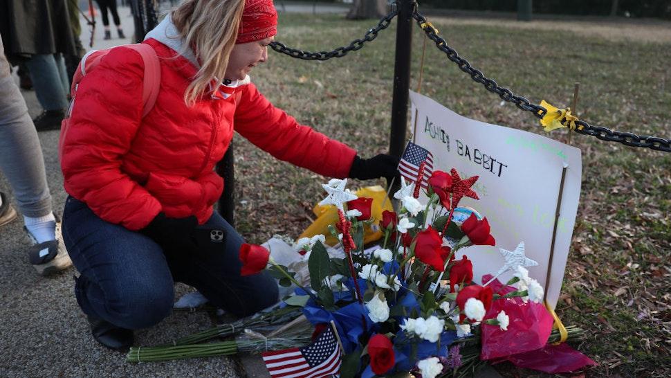 Capitol Police Officer Who Shot Ashli Babbitt Exonerated After Internal Investigation: Report
