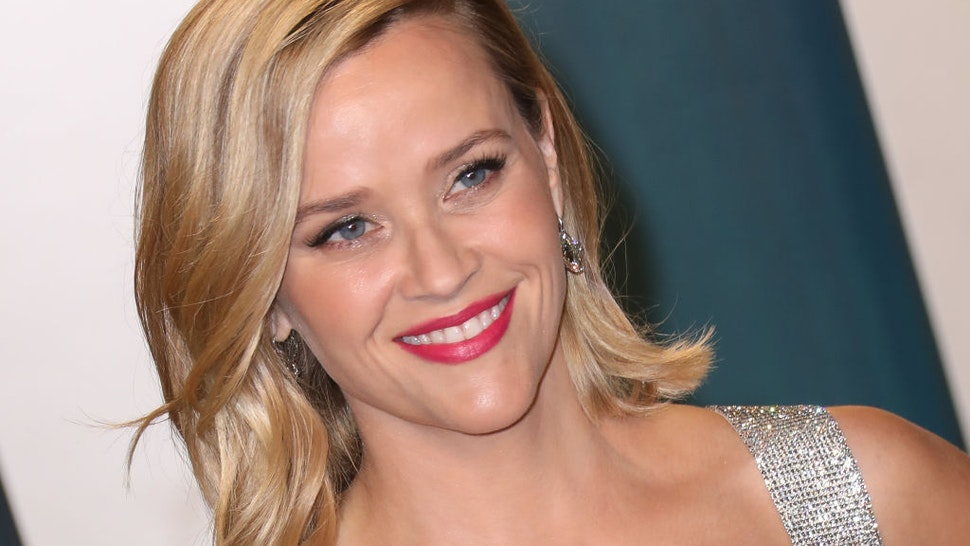 Reese Witherspoon attends the 2020 Vanity Fair Oscar Party at Wallis Annenberg Center for the Performing Arts on February 09, 2020 in Beverly Hills, California. (