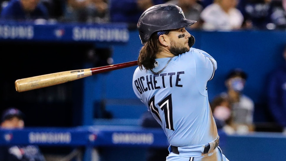 MLB: Blue Jays Beat Yankees After Blowing Early Lead, Keep AL Wild Card Race Tight