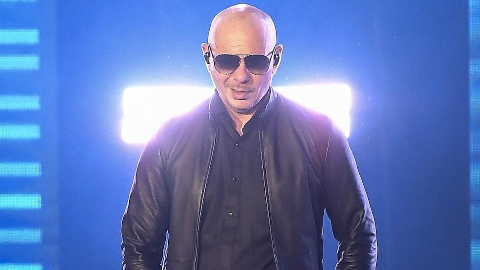 MOUNTAIN VIEW, CALIFORNIA - SEPTEMBER 26: Pitbull performs at Shoreline Amphitheatre on September 26, 2021 in Mountain View, California.