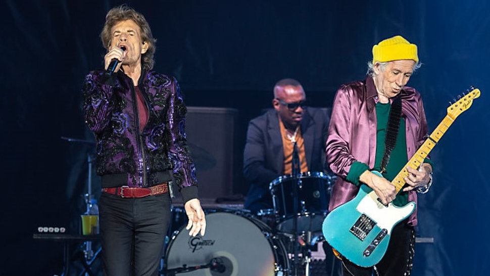CHARLOTTE, NORTH CAROLINA - SEPTEMBER 30: Singer Mick Jagger (L) and guitarist Keith Richards of The Rolling Stones perform at Bank of America Stadium on September 30, 2021 in Charlotte, North Carolina. (Photo by